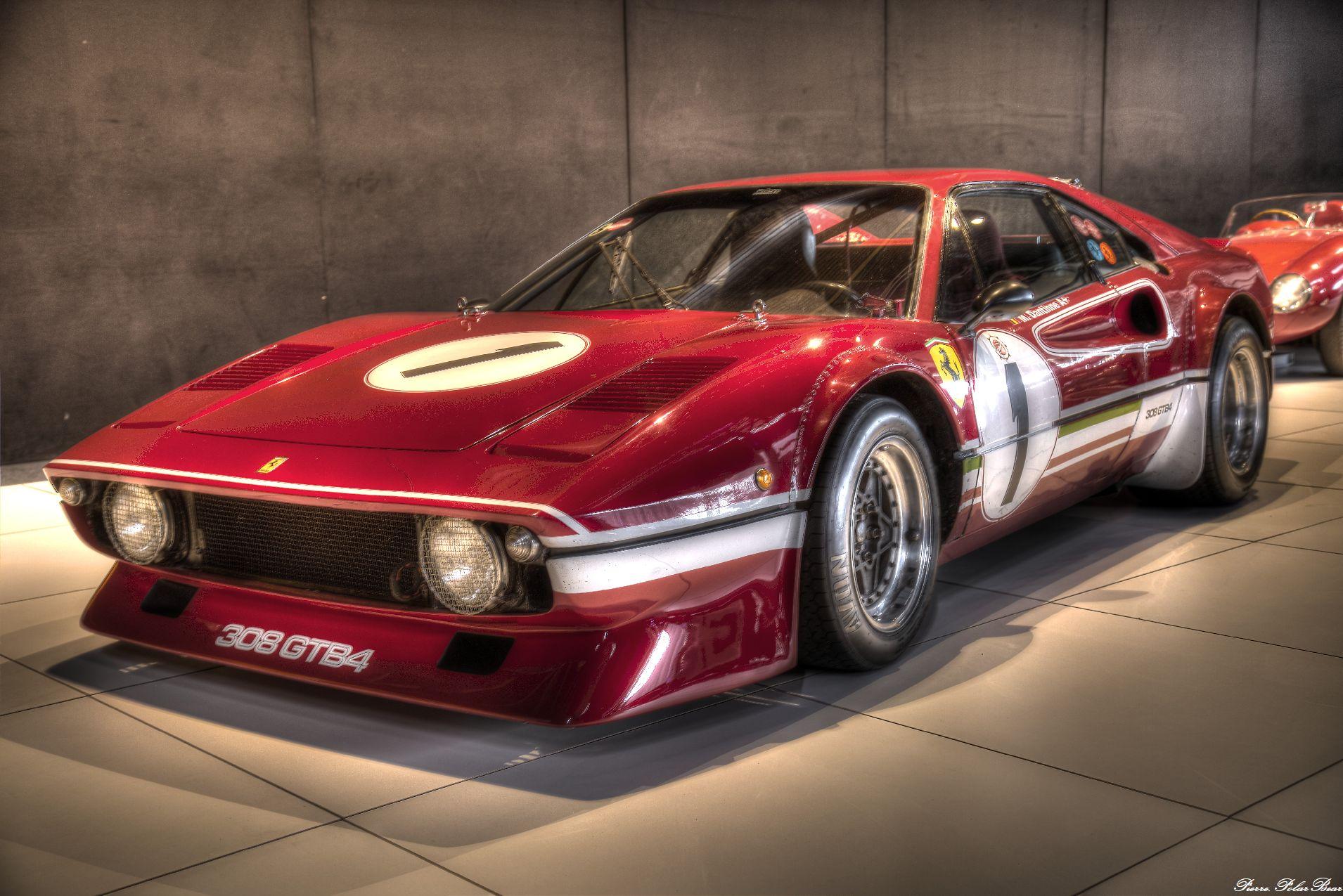 Autoworld-2017-Ferrari-11
