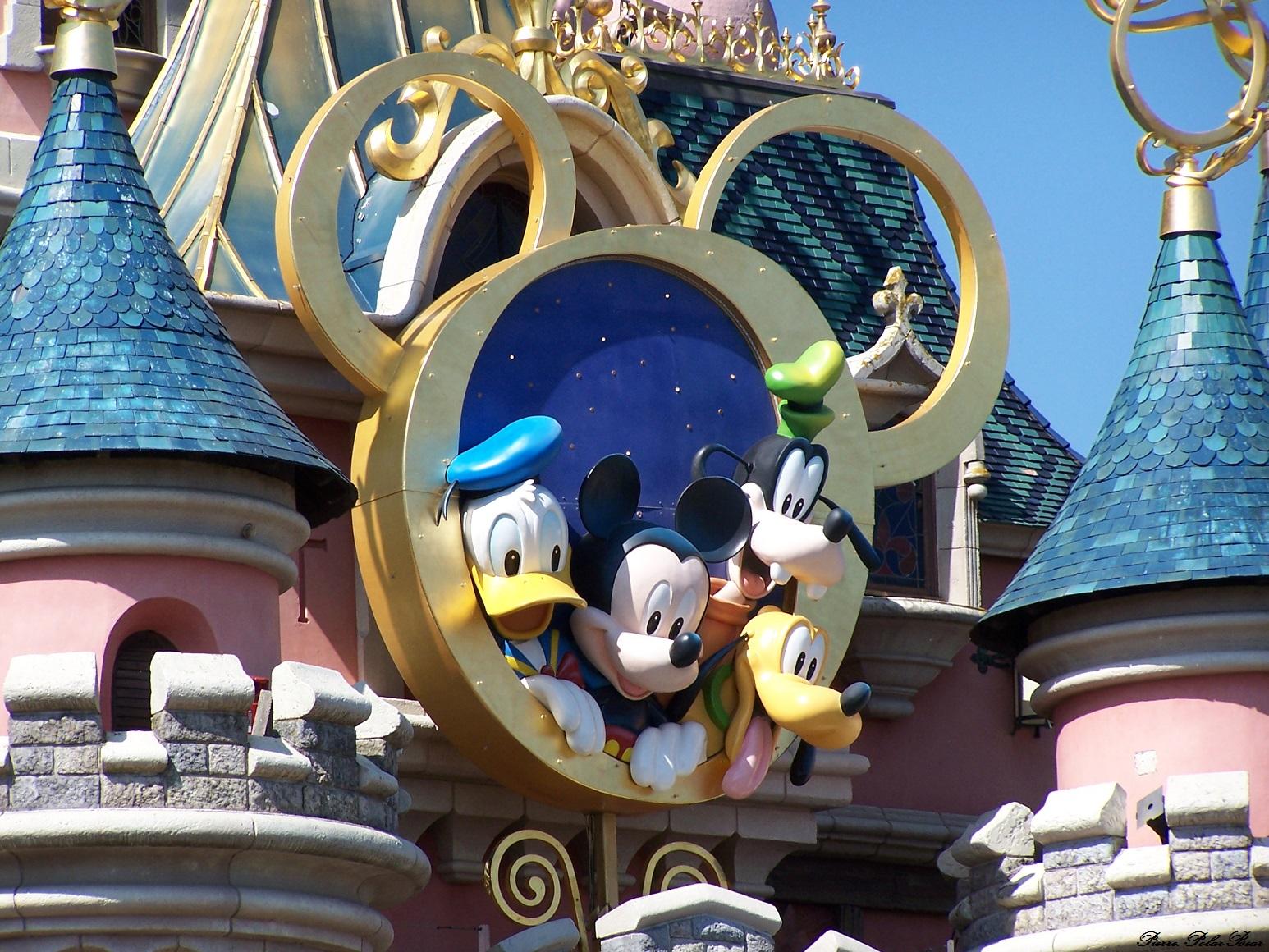 Disney-002
