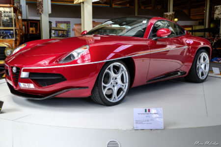 2013-Alpha RomeoTouring Superleggera Disco Volante -eq01