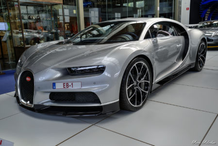2017-Bugatti Chiron-eq01