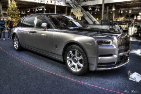 2019-Rolls-Royce-Phantom-03