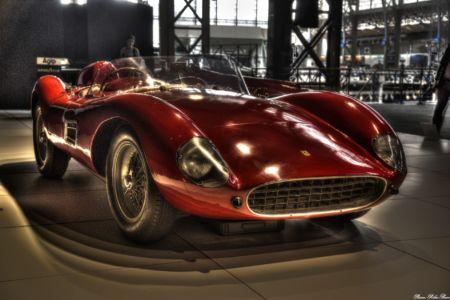 Autoworld-2017-Ferrari-04