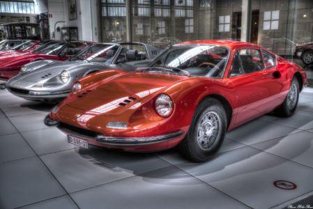 Autoworld-2017-Ferrari-09